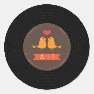 Pájaros retros modernos Brown del amor del disco Pegatina Redonda