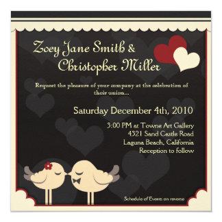 Pájaros rojos del amor del cordón que casan la invitación 13,3 cm x 13,3cm