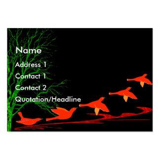 Pájaros rojos en vuelo - modificado para requisito plantilla de tarjeta de negocio
