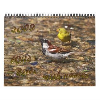 Pájaros salvajes con nombres calendarios de pared