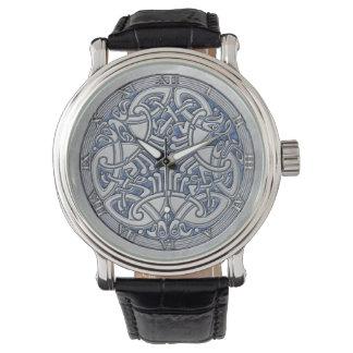 Pájaros y azul célticos - reloj de la plata del