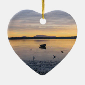 Pájaros y barco de mar ornamentos de reyes