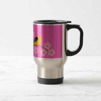 Pájaros y flores de cerezo de la primavera tazas de café