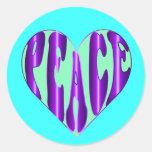 Palabra de la paz en pegatinas del corazón de un s