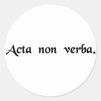 Palabras de la acción no pegatina redonda