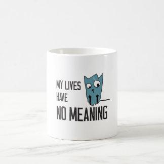 Palabras divertidas del gato - mis vidas no tienen taza básica blanca