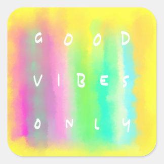 Palabras escritas de la buena pintura colorida de pegatina cuadrada