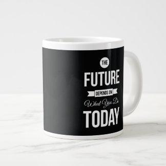 Palabras inspiradas el negro del futuro taza grande