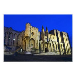 Palace del papa en Aviñón en la puesta del sol. 2  Impresiones Fotograficas