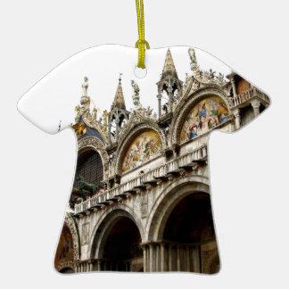 Palacio de los duxes adorno de cerámica en forma de camiseta