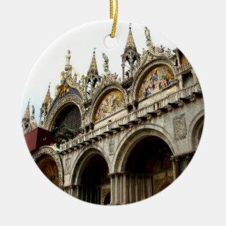 Palacio de los duxes ornamente de reyes