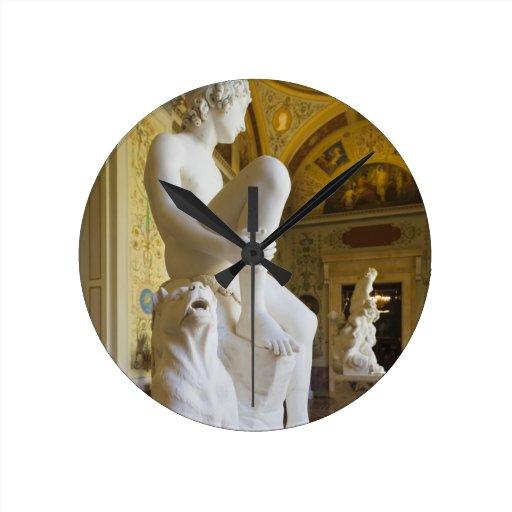 Palacio del invierno, museo de ermita, galería de  reloj redondo mediano