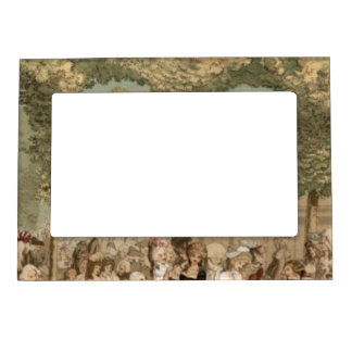 Palais Royal French Aristocrats Garden 1700s Magnetic Frame