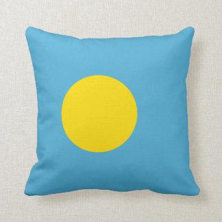Palau – Palauan Flag Throw Pillow