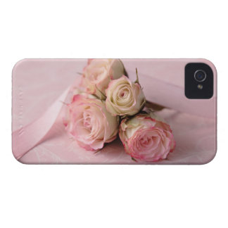 pale roses on pink iphone i.d. credit card iPhone 4 cases
