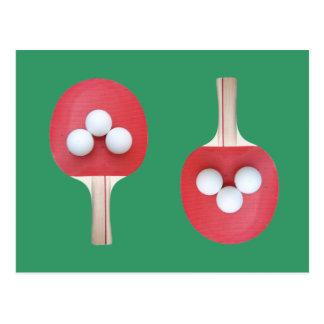 Paleta y bolas del ping-pong postal