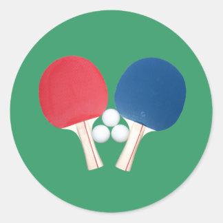 Paletas y bolas del ping-pong pegatina redonda