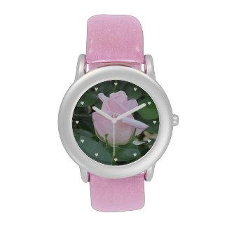 Palidezca - color de rosa rosado reloj
