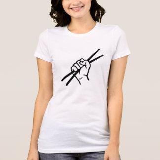 Palillos de la mano del batería camiseta