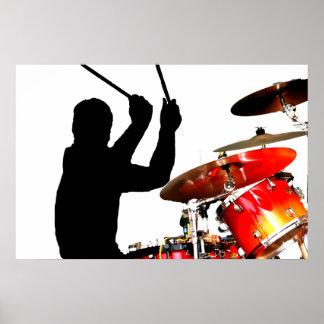 Palillos del batería en tambores reales de la somb póster