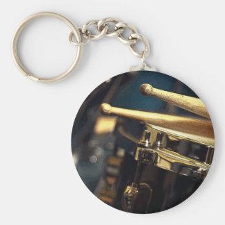 Palillos y tambor llavero redondo tipo pin