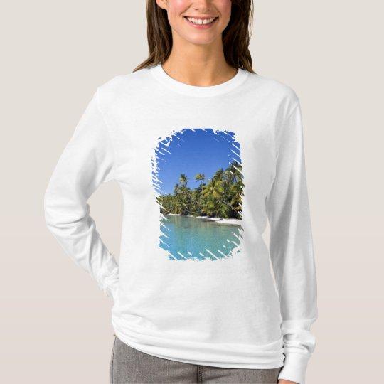 Palm lined beach Cook Islands 2 T-Shirt