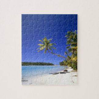 Palm lined beach Cook Islands Puzzle