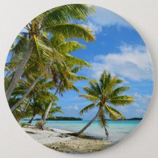 Palm tree white sand beach button