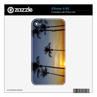 Palm trees and sunset, Mindil Beach iPhone 4S Skins