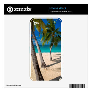 Palm trees and turquoise water along Seven-Mile Skins For The iPhone 4