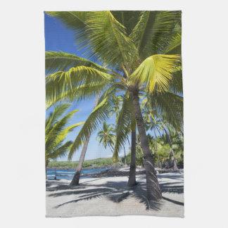 Palm trees, National Historic Park Pu'uhonua o Hand Towels