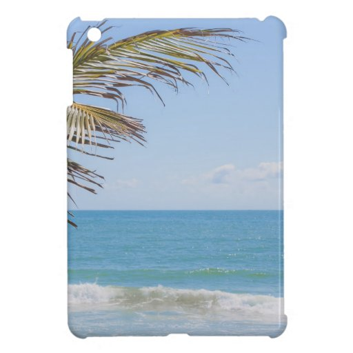 Palma de coco y fotografía azul de la playa del ma iPad mini cárcasa