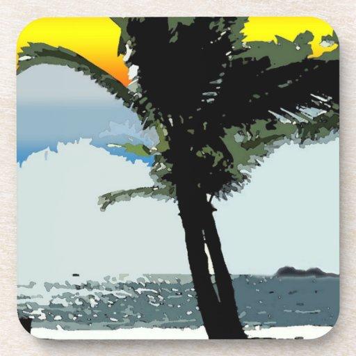 Palma hawaiana y práctico de costa abstracto de la posavasos de bebida