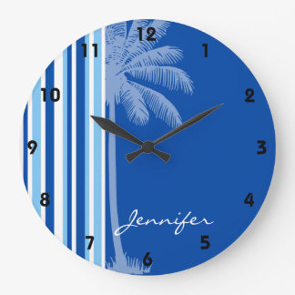 Palma tropical; Rayas azules y blancas Reloj Redondo Grande