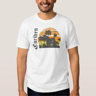 Palmas retras de la puesta del sol de Caribea Camisas