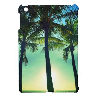 Palmas verdes de la playa - mini caso mate del iPa