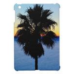 Palmera de California y puesta del sol del Océano  iPad Mini Carcasas