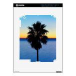 Palmera de California y puesta del sol del Océano  iPad 3 Pegatinas Skins
