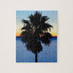 Palmera de California y puesta del sol del Océano  Puzzle