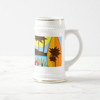 Palmera de las tablas hawaianas de la playa del oc tazas