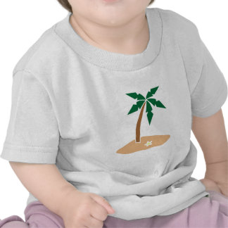 Palmera en una isla de Sandy en las zonas Camiseta