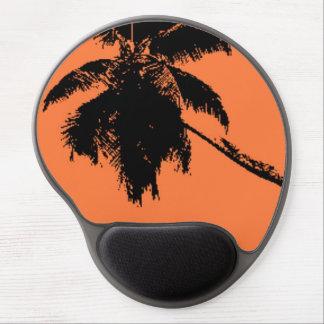 Palmera negra anaranjada del arte pop en la playa alfombrillas con gel