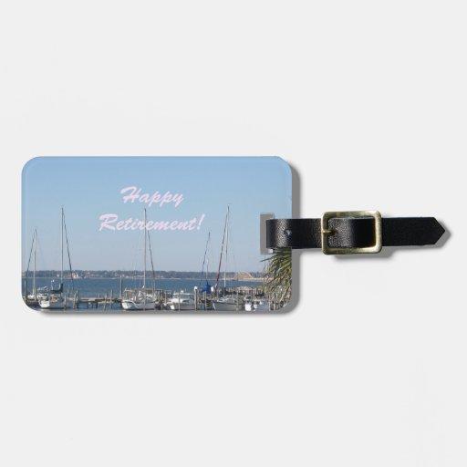 Palmeras felices de los barcos de vela de la playa etiquetas para equipaje