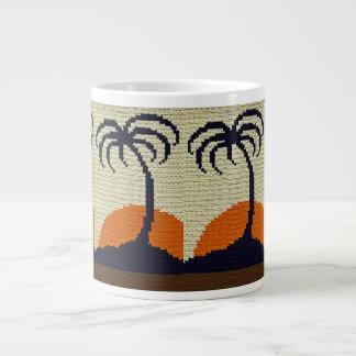 Palmeras tropicales con el ganchillo anaranjado de taza de café grande
