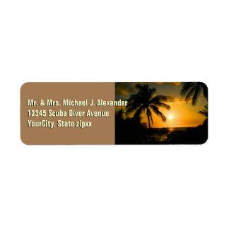Palmeras tropicales de la playa etiqueta de remite