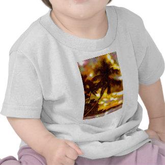 Palmeras tropicales camisetas