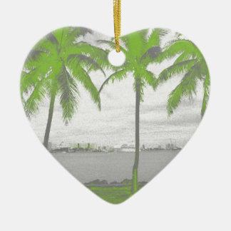 Palmeras verde de Miami, la Florida Adorno De Cerámica En Forma De Corazón