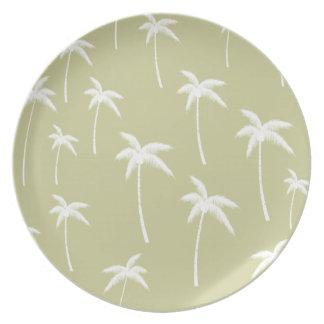 Palmeras verdes y blancas plato de cena