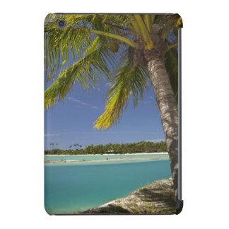 Palmeras y laguna, centro turístico isleño de la funda de iPad mini