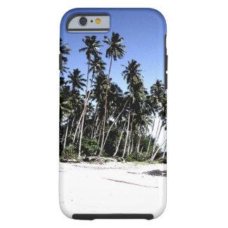 Palmeras y playa exóticas del paraíso funda resistente iPhone 6